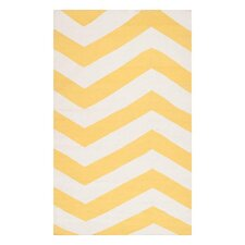 Frontier Yellow/White Sunshine Chevron Area Rug