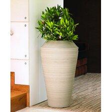Daniel Round Pot Planter