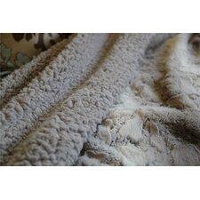 Snow Giraffe Faux Fur Throw Blanket