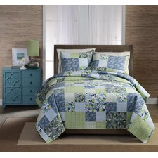 Haley Patchwork Quilt Set in Multi Colored