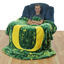 NCAA Oregon Throw Blanket