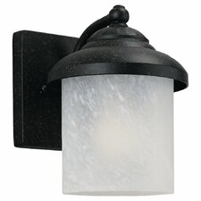 Yorktowne 1 Light Sconce