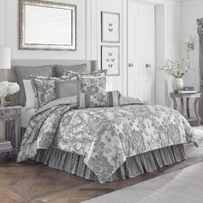 Everly Comforter Set