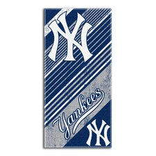 MLB Yankees Diagonal Beach Towel