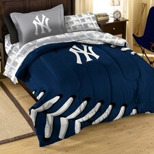 MLB Yankees Contrast Bed in a Bag Set