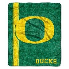College NCAA Oregon Sherpa Throw