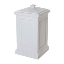 Berkshire 45 Gallon Plastic Deck Box