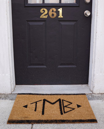 monogram doormat diy