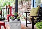 Front Porch: An Eclectic Hangout