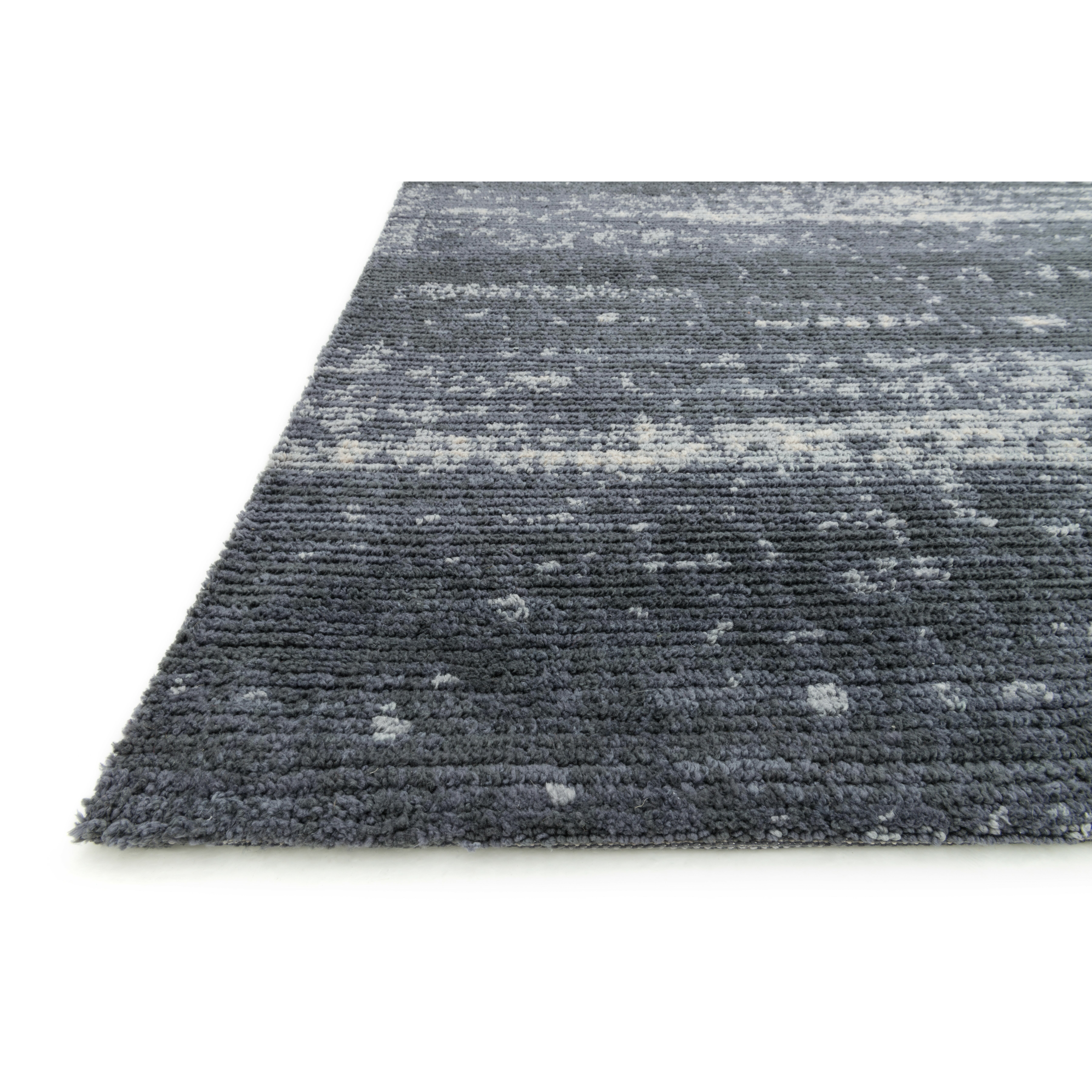 Charcoal area rug loloi rugs discover charcoal area rug for Accent rug vs area rug