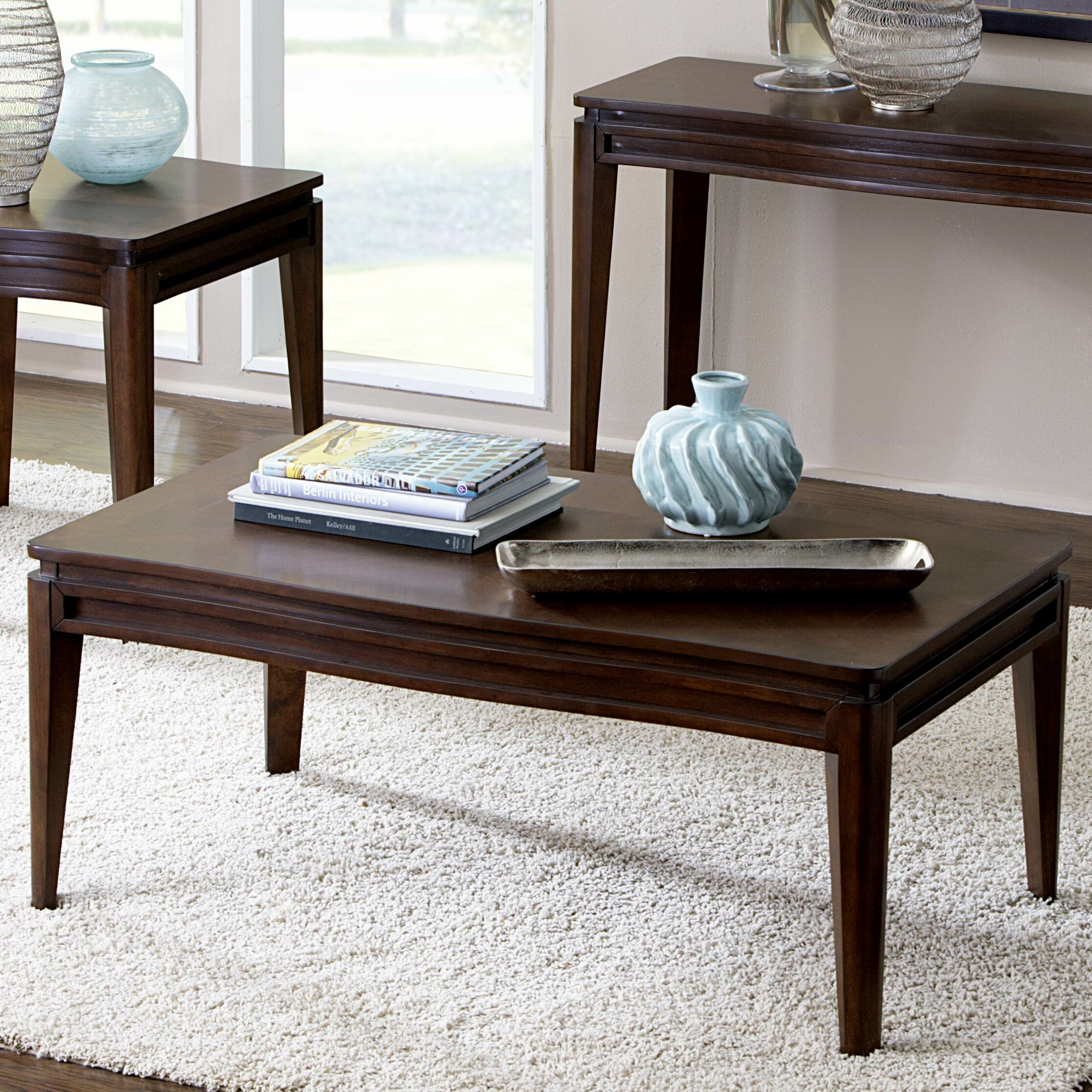 Woodhaven Hill Kasler Coffee Table & Reviews