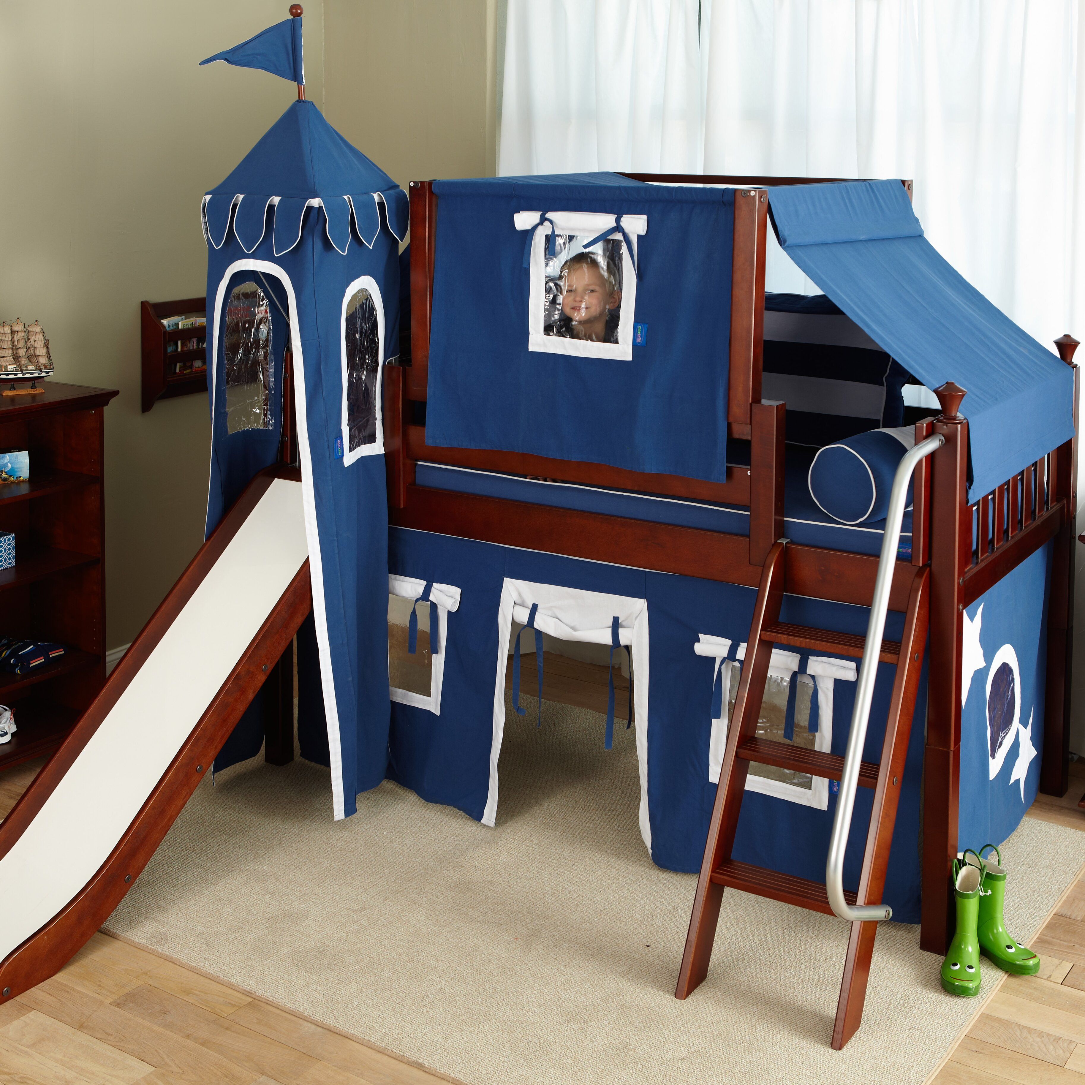 Little Boys Bed: Maxtrix Kids Wow22 Low Loft Bed & Reviews