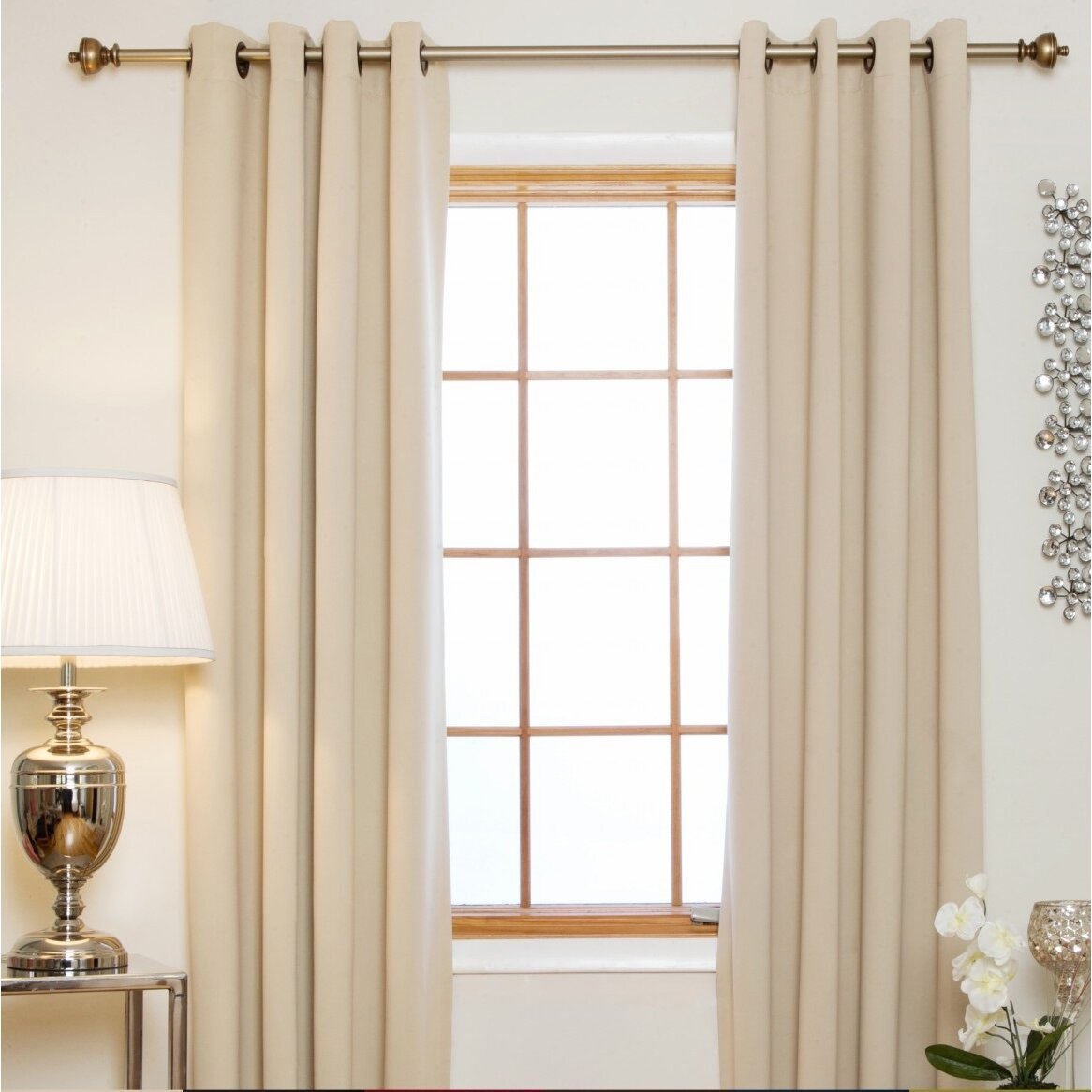 Mistakes You Are Doing Prominently While Curtain Hanging