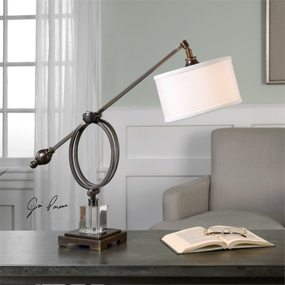 Hitchcock farm 22 5 h table lamp with drum shade wayfair for Lamp shades austin