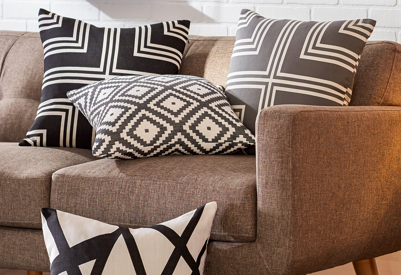 The Entertainment Sale: Accent Pillows